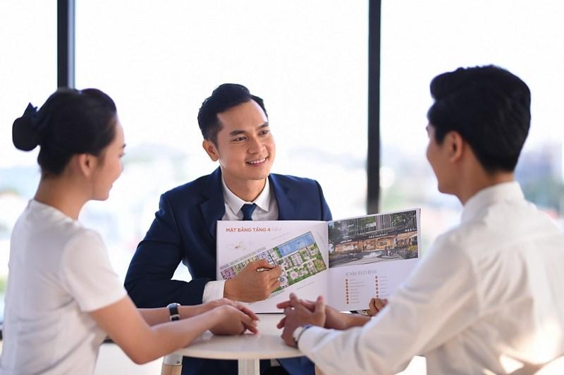 Mảng dịch vụ bất động sản luôn là thế mạnh của Đất Xanh với 30% thị phần trên cả nước.