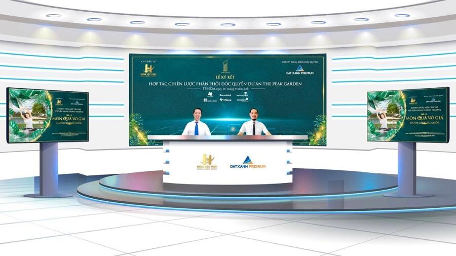 Hai đại diện Hưng Lộc Phát và Đất Xanh Premium ký kết hợp tác sáng 16/9